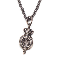 The Queens Seal Necklace